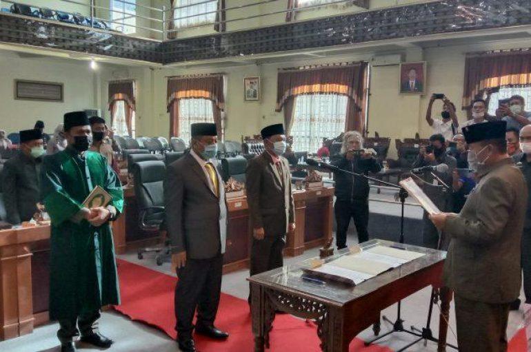 DPRD Lamtim, PAW 2 Anggota Mencalonkan Bupati Lamtim