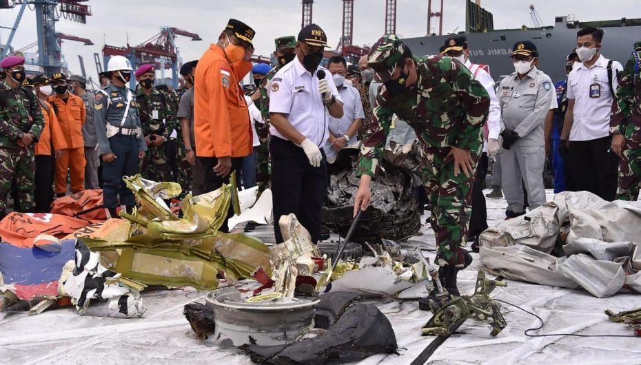 Panglima TNI : Lokasi Penemuan FDR Pesawat Sriwijaya Air SJ-182 Sesuai Dengan Perkiraan