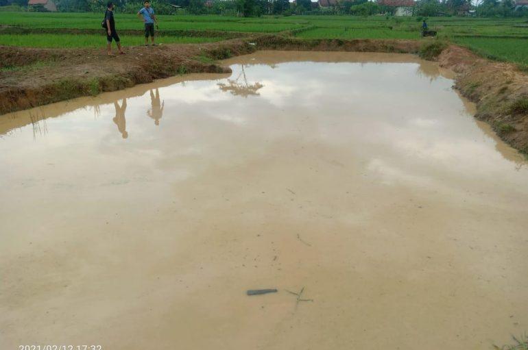 Bocah 9 Tahun Ditemukan Tewas Tenggelam di Empang Kosong