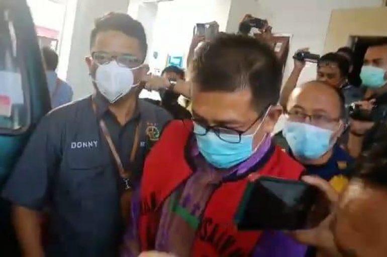 Kejari Metro Tahan Tersangka Kasus Korupsi Pasar Cenderawasih
