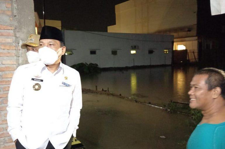 Hujan Lebat, Walikota dan Wakil Walikota Metro Tinjau Lokasi Banjir