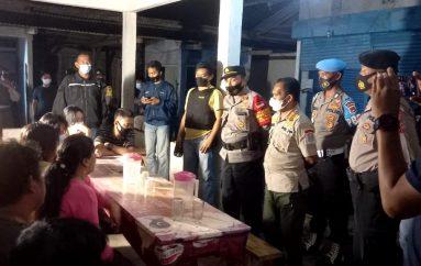 Polisi dan Pol-PP Tertibkan Lapo Tuak Meresahkan Warga