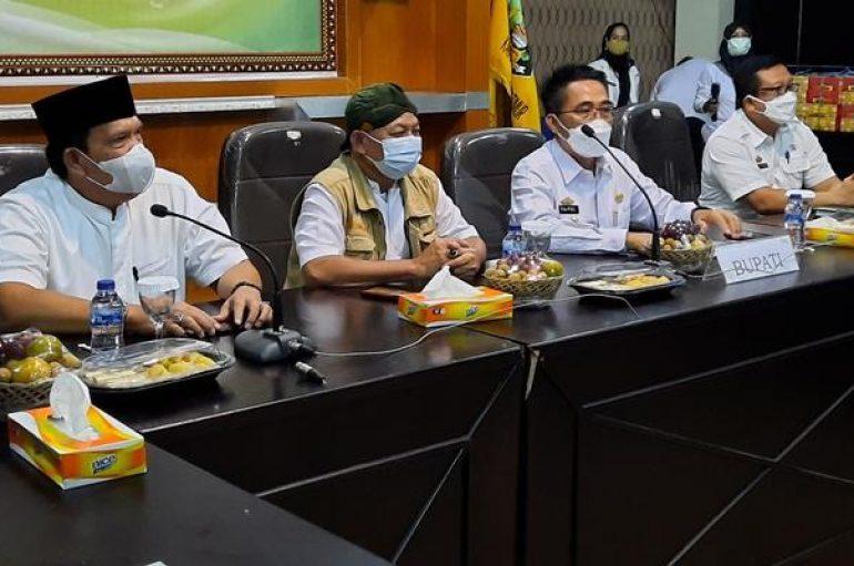 Silaturahmi Bupati Lamtim Bersama Pasangan Bupati Dan Wakil Bupati Terpilih Dawam Raharjo-Azwar Hadi