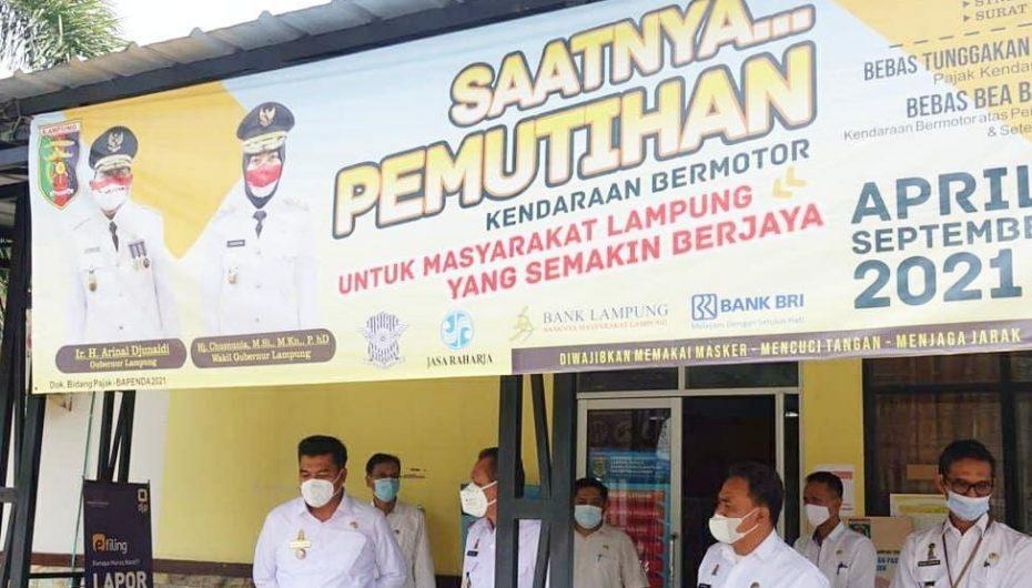 Bupati Lamteng Musa Ahmad : Pastikan Langsung Masyarakat Terbantu Adanya Aplikasi Berjaya Tax