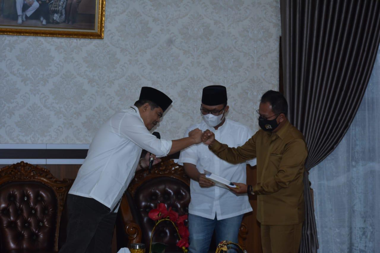 Ketua DPRD Provinsi Lampung Kunjungi Pemkab Lamteng, Bupati Diminta Berinovasi Dalam Menekan Angka Penularan Covid-19
