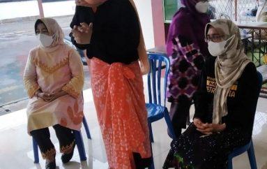 Dekranasda Bersama PKK dan DWP Metro Gelar Pelatihan Membuat Batik Sibori
