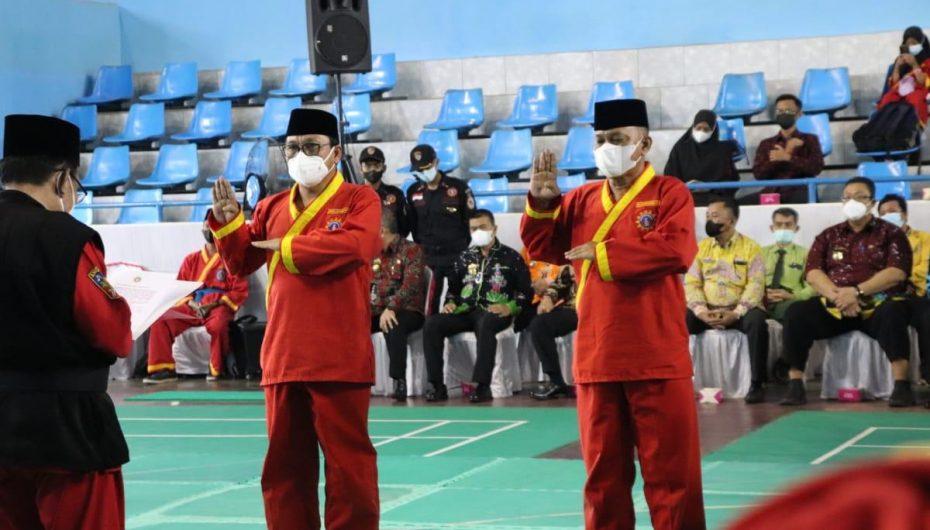 Wahdi dan Qomaru Dikukuhkan Jadi Pendekar Alumni Tapak Suci Putra Muhammadiyah